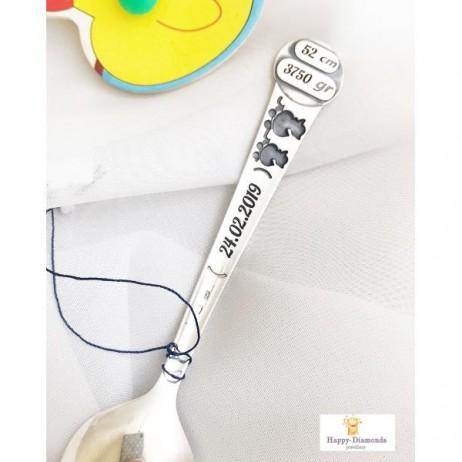 Детская серебряная ложка Do Do с гравировкой Часы